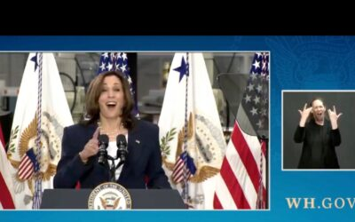 Kamala Harris Lands Chris Rock Level Joke — She's SOOOO Awwwesome!